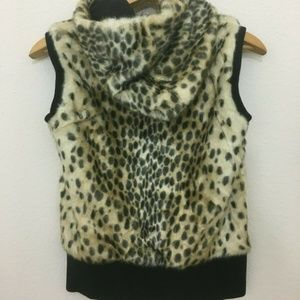 Juicy Couture Leopard Faux Fur Hoodie Zip Vest 12